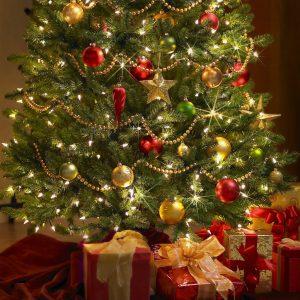 christmas-tree-decorations-